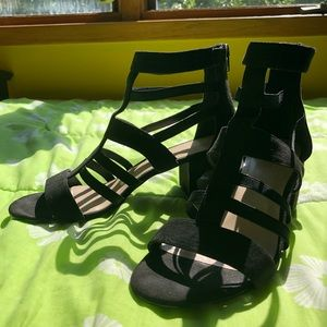 NINE WEST strapped heels